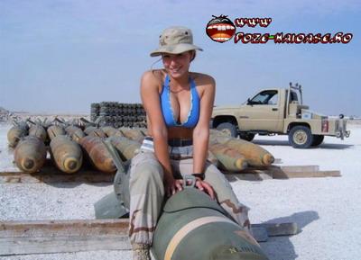 Femei Sexy In Armata